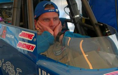 Pożegnanie Janne Ahonena dopiero wlipcu