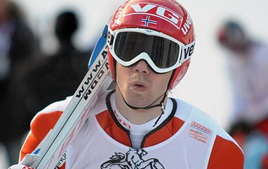 TCS Garmisch-Partenkirchen: Bardal wygrywa I trening, fatalne skoki Polaków