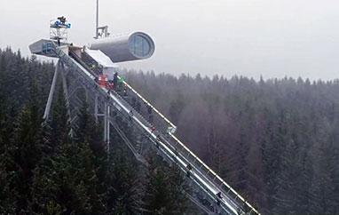 Niedziela ze skokami: Hinzenbach, Klingenthal, Lahti. Zmiany nalistach startowych