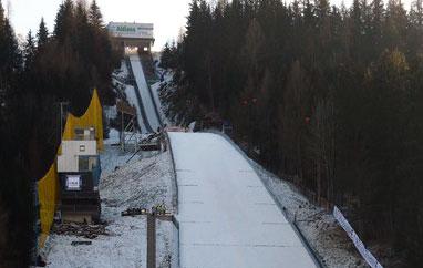PŚ Bad Mitterndorf: Niekorzystne prognozy sprawdzają się, piątek bez lotów