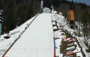 Trening Planica: Martin Koch 219,5 metra, Adam 213,5