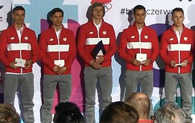 Skoczkowie złożyli przysięgę olimpijską i polecieli do Korei