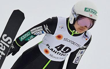 MŚ Oberstdorf: Takanashi najdalej wtrzeciej serii treningowej