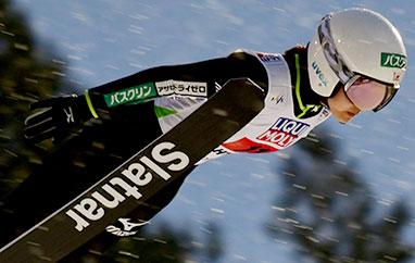 PŚ Lillehammer: Takanashi z57. zwycięstwem, Lundby znów liderką PŚ