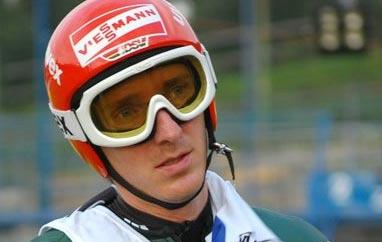 Vancouver: Uhrmann wygrywa kwalifikacje, Schlierenzauer najdalej, dobre skoki Polaków