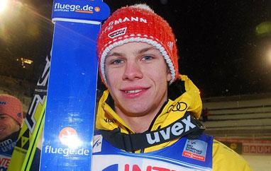 PŚ: Wellinger wygrywa serię próbną. Dobre skoki Polaków.